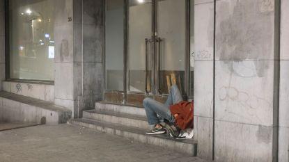 Toppunt van ondankbaarheid: dakloze steelt auto van helpende pastoor en krijgt 3 jaar cel