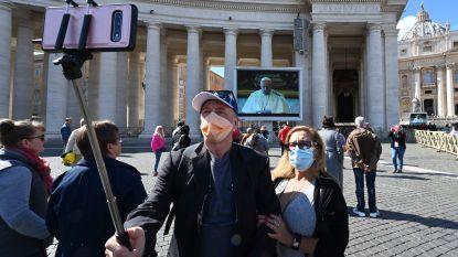 Paus houdt voor het eerst een video-mis vanwege het coronavirus