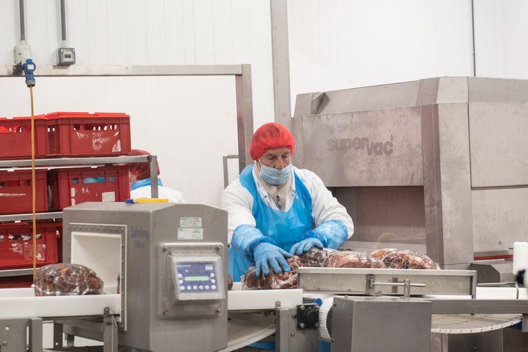 De vleeswarenfabrikant verwerkt voortaan alleen nog vlees van eigen kweek.