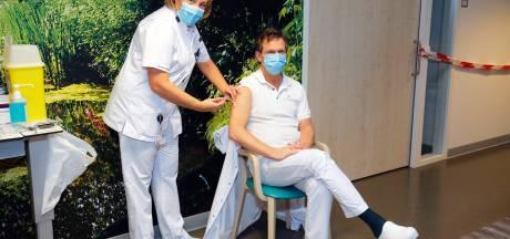 Directeur Meander over vaccinatiehobbel: 'We enten geen kantoormensen in ten koste van ons medisch personeel'