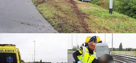 Twee verkeersongevallen op A59 bij Rosmalen, een persoon naar ziekenhuis