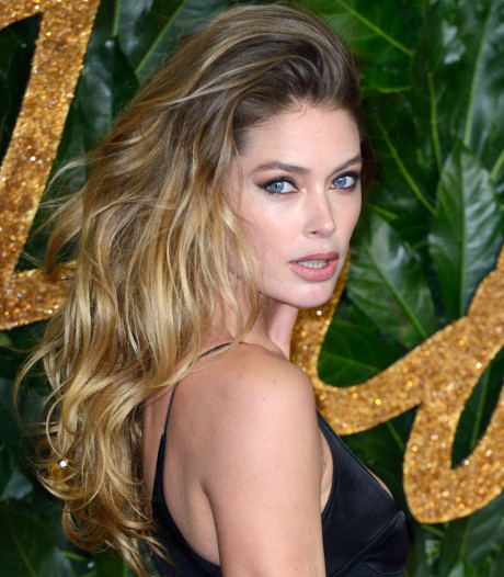 Fotograaf William Rutten springt in de bres voor 'te magere' Doutzen Kroes