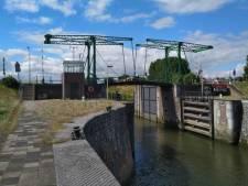 Emmabrug in Nieuwegein per direct gesloten voor motorvoertuigen
