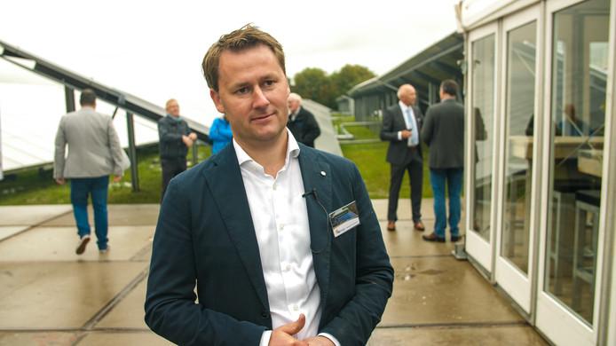 Arjan de Bruin uit Uddel heeft met zijn bedrijf G2 Energy het grootste zonthermische project van Nederland opgeleverd.
