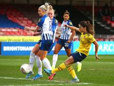 Van de Donk en Roord houden Arsenal aan kop in Women's Super League