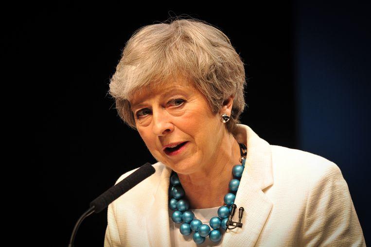 Britse premier Theresa May spreekt tijdens de Schotse Conservative Party-conferentie in Aberdeen op 3 mei, nadat de partij honderden zetels heeft verloren. Beeld null