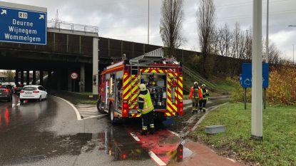 Watergladheid zorgt voor verkeershinder rond Antwerpen