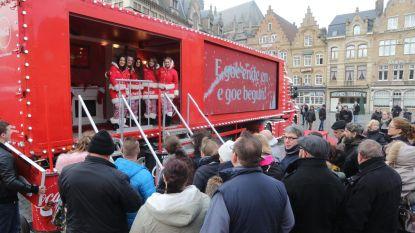 Veel belangstelling voor Coca-Cola-kersttruck