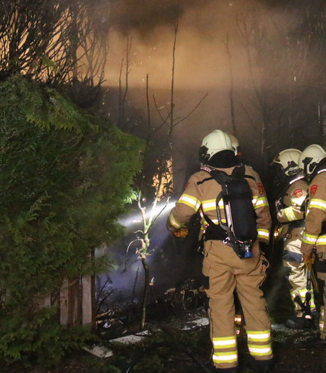 Sauna vliegt in brand op camping in Lathum