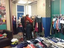 Verkoopdag bij de kledingbank