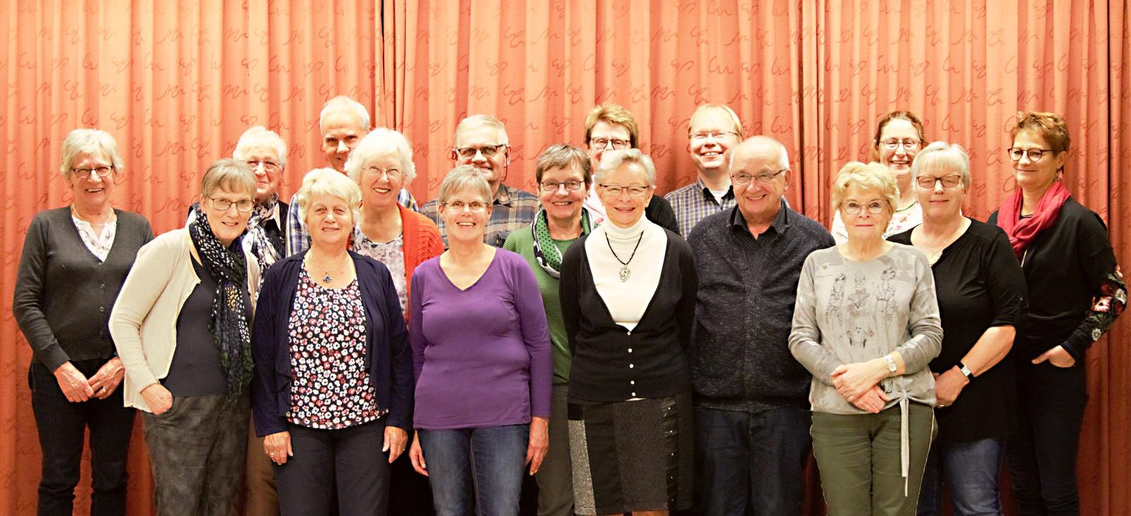 De vrijwilligers achter de kerstpakkettenactie van de Berkellandse kerken.