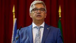 Kris Van Dijck neemt ontslag als voorzitter van Vlaams Parlement, echtgenote gaat klacht indienen tegen P-Magazine