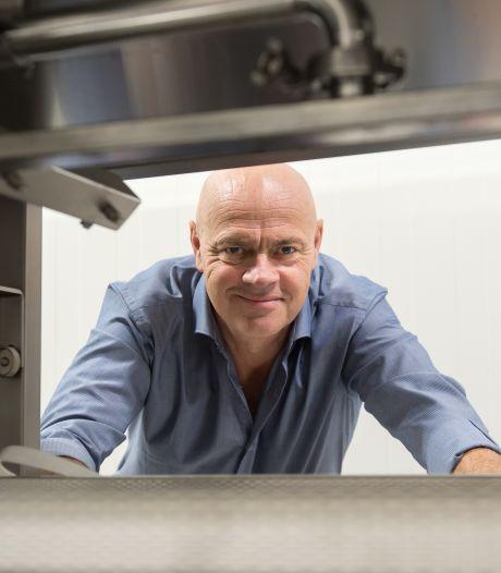 Vegetarische Slager Jaap Korteweg wil melk maken zonder dat er een koe aan te pas komt