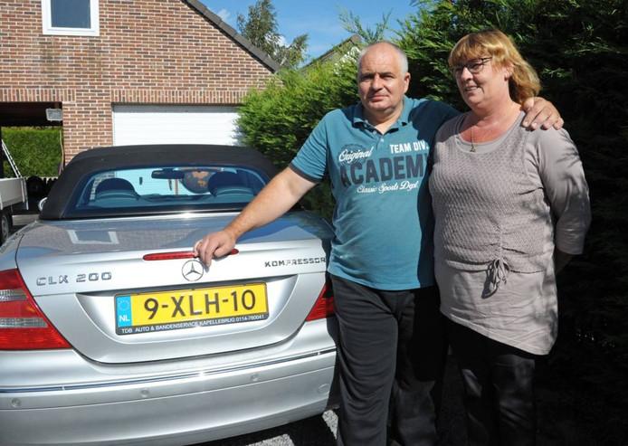 """Eric Asselberg en zijn vrouw Astrid: ,,Ik ben er wel van geschrokken dat automobilisten gewoon rechtsomkeert maakten."""""""
