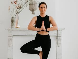 Start fris de dag met 5 makkelijke yoga-oefeningen die je lichaam stretchen en ontspannen
