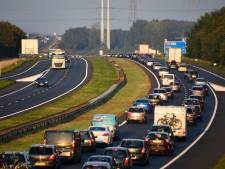 Vanavond stond er opnieuw een kilometerslange file op A58 na een ongeluk
