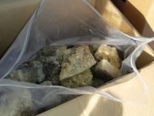 Bestelbus vol drugs met straatwaarde van 10 miljoen euro van A2 bij Liempde geplukt