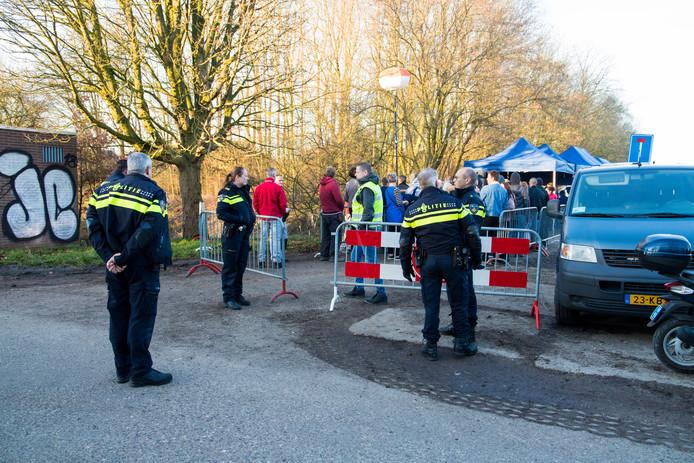 De politieactie bij De Groene Heuvels.