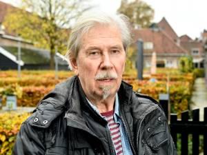De politie vond vijf wietplanten bij Bert (73) en nu dreigt hij zijn woning te worden uitgezet