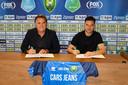 Manager voetbalzaken bij ADO Jeffrey van As en Luuk Koopmans.