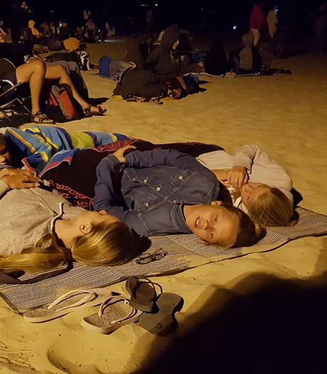 Bosbranden in Frankrijk: Wijchens gezin slaapt al twee nachten op het strand