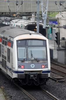 En pleine grève des transports, une femme accouche dans le RER