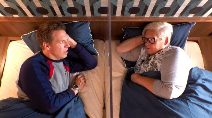 'Gert Late Night'-kokkin Annie nam plaats naast James Cooke in de rubriek 'Bedgeheimen'.