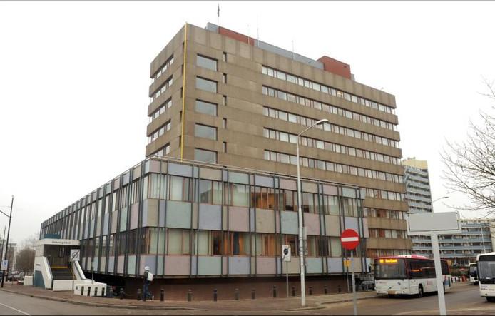 het Belastingkantoor aan de Stieltjesstraat.