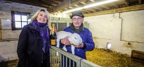 """Kinderboerderij neemt afscheid van boer Johan: """"Het moest er altijd tiptop bij liggen"""""""