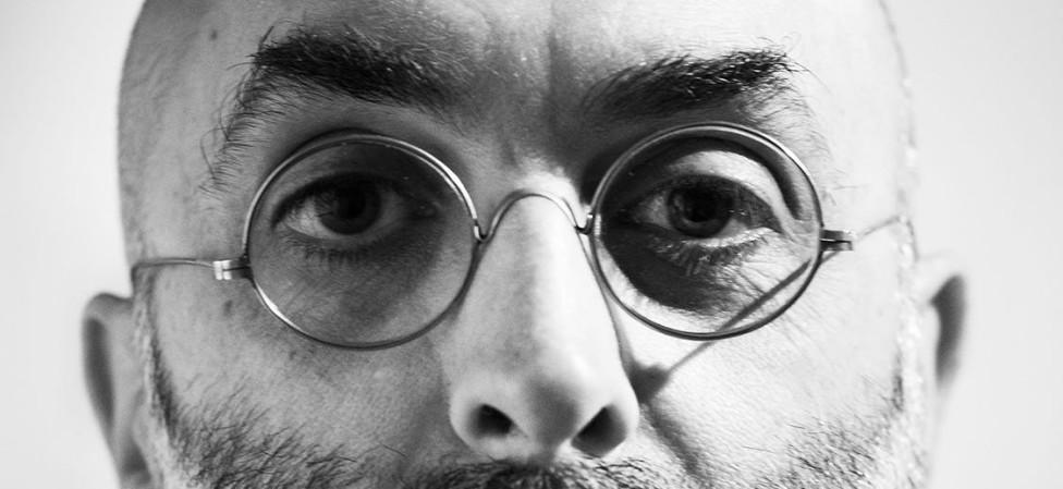 Eduardo Halfon speurt in autobiografische fictie naar de betekenis van identiteit(en)