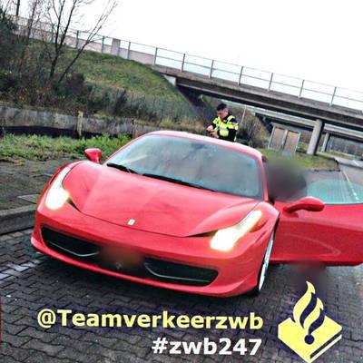Knalrode Ferrari rijdt met meer dan 200 km/u over de A16 bij Breda