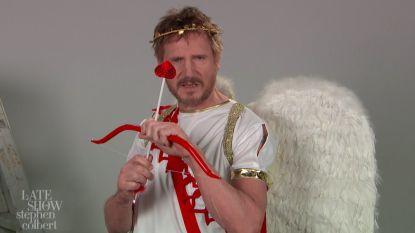 VIDEO: het is Valentijn, en Liam Neeson wil jouw cupido zijn