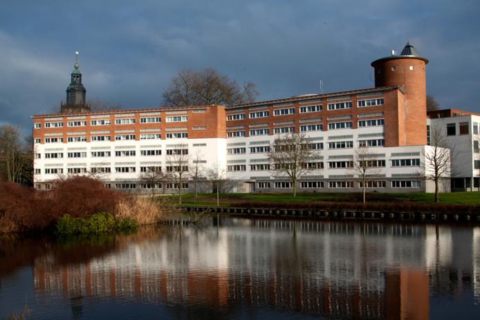 Rechtbank in Zutphen vanaf de Houtwal gezien. lezersfoto Harry Bruggink