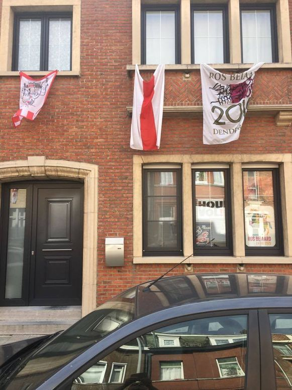 Aan vlaggen geen gebrek in Dendermonde vandaag.