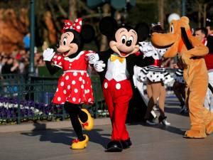 """L'héritière de Walt Disney """"choquée"""" par les conditions de travail des employés du parc"""