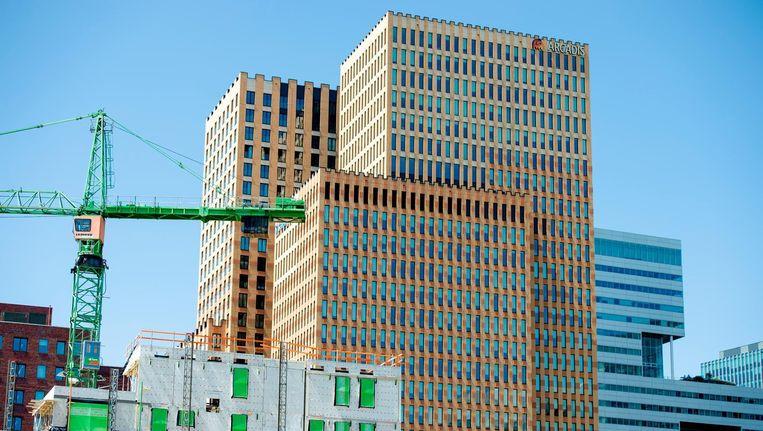 Alleen aan de Zuidas mogen nieuwe kantoren worden gebouwd, maximaal 40.000 vierkante meter per jaar. Vorig jaar werd dat met één gebouw al bereikt. Beeld anp