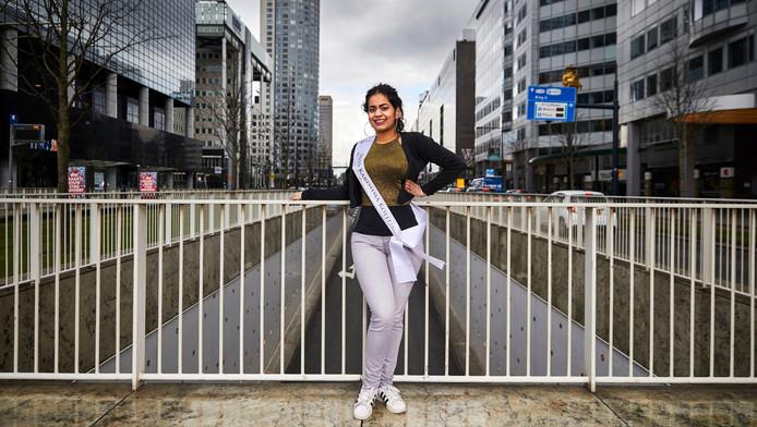 Karishma Koellin is in de race voor de felbegeerde titel Miss Indian Beauty.