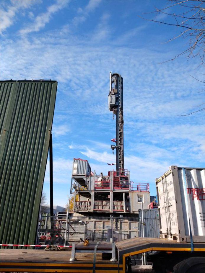 Enkele beelden van de werken tijdens aan de boorputten voor het geothermieproject.