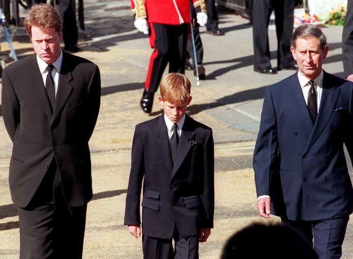 De uitvaart van prinses Diana in 1997 heeft voor nogal wat ruzie gezorgd tussen Earl Spencer, de broer van Diana, en prins Charles.