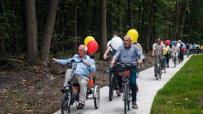 Na 20 jaar ligt op de Noordlaan het ontbrekende stuk fietspad