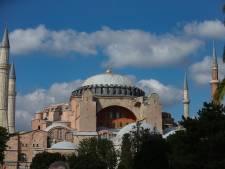 Paus Franciscus 'zeer gekwetst' dat Hagia Sophia moskee wordt