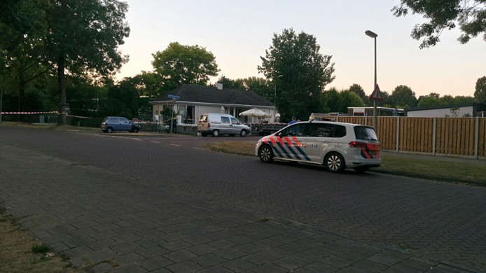 De schietpartij vond plaats op de Berkenlaan in Zutphen.