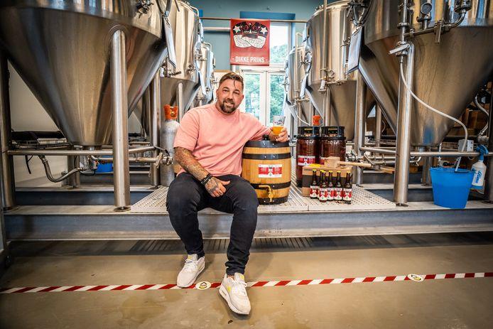 Theo Janssen lanceert zijn biertje de Dikke Prins.