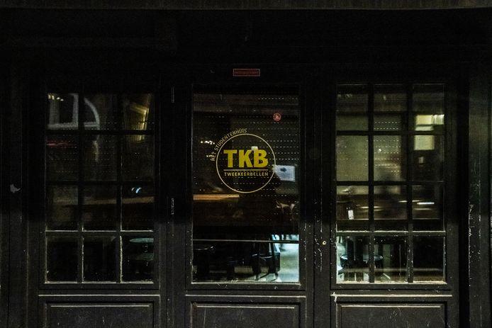 Café TweeKeerBellen in Nijmegen is dicht omdat het een besmettingshaard bleek te zijn.