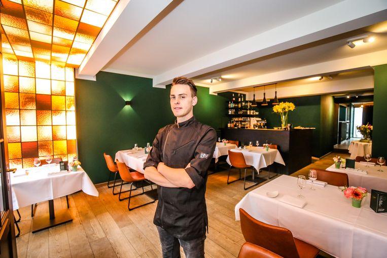 Niels Floréal in zijn sfeervolle restaurant in de Langestraat.