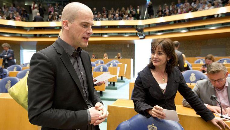PvdA-fractievoorzitter Diederik Samsom en GroenLinks-fractievoorzitter Jolande Sap in maart bij aanvang van het vragenuur in de Tweede Kamer. Beeld anp