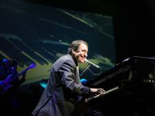 Jools Holland: 'Boogiewoogie gentleman' in Odeon in Zwolle