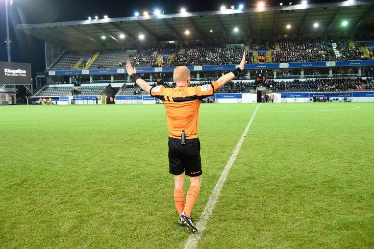 Jordy Vermeire stopt de wedstrijd.
