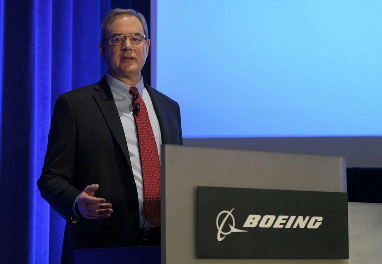 Mike Sinnett, hoofd van de afdeling Productstrategie tijdens zijn persconferentie.