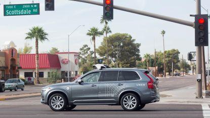 Eerste dodelijk slachtoffer met zelfrijdende wagen: Uber rijdt voetganger aan